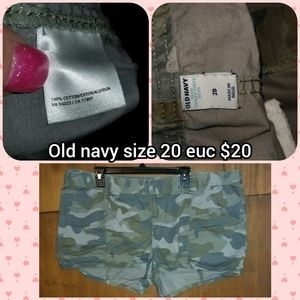 Old navy size 20 shorts